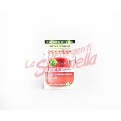 Crema de fata Garnier de zi  anti-riduri pentru fermitate Ultra Lift cu pro-retinol varsta: 35 +/  50 ml