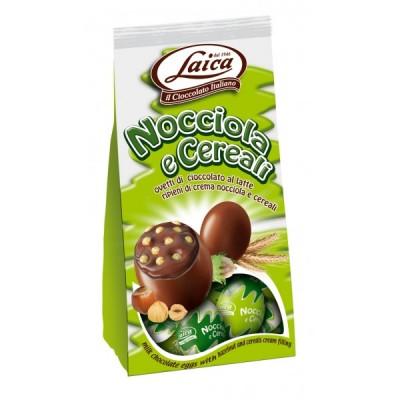 Oua de ciocolata Laica cu alune si cereale 120g